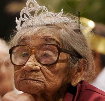 Saggy old lady