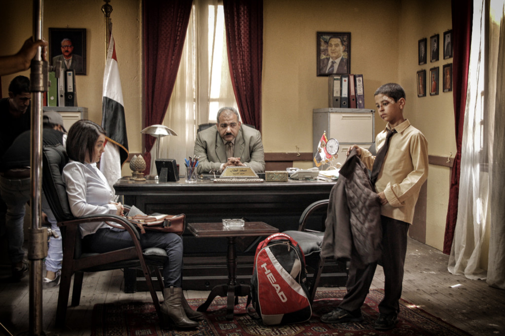 Mother (Kinda Aloush) and lead actor Hany (Ahmed El Dash) at the principal's office following a fight. Courtesy of Aly El Banna.