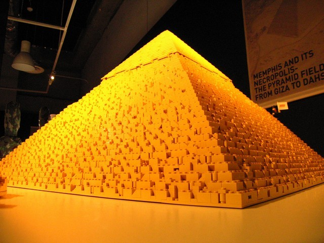 10 crazy things made out of lego