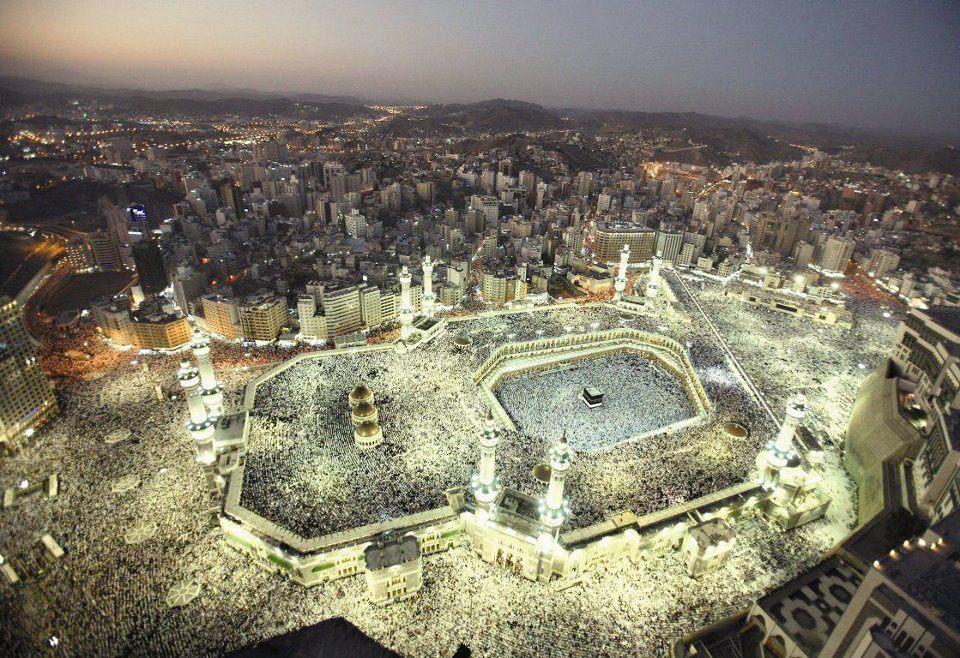 Wonderful-view-of-Kaaba-Makkah-City