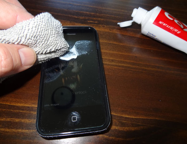 Remove Car Scratches With Toothpaste >> DIY: Remove Scratches from Your Phone