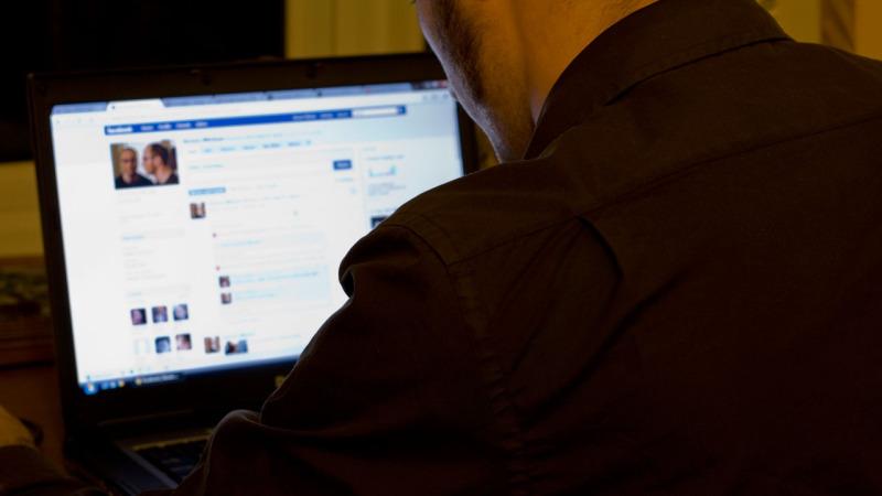 Best Way To Stalk Someone Online