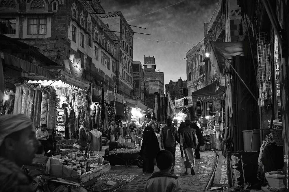 """Yemen Nightlife"" - A souq in Sana'a (Ingo Bernhardt/500px)"