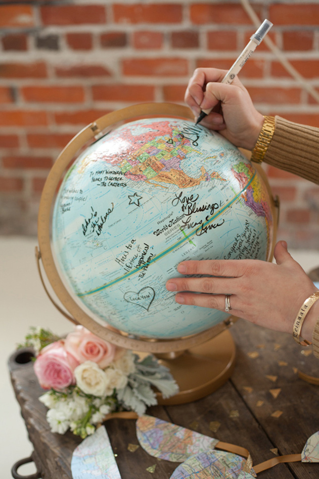 Diy 15 creative guest book ideas for your wedding world map guest book gumiabroncs Images