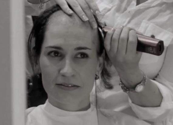 girl shaving her hairy pussy