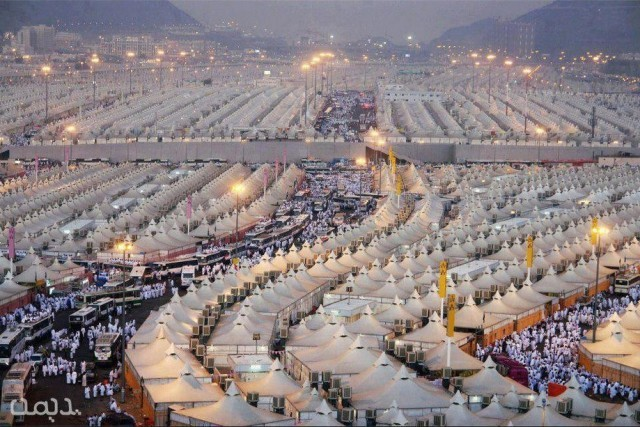 Photos-of-Mecca-Makkah-Photo-of-Tents-at-Mina-Mecca-Photos-pictures-images-of-Mecca-640x427
