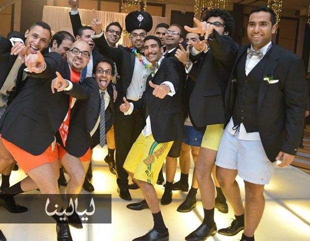 صور-آخر-تقليعات-مجموعة-شباب-مصريين-فرح-بالبوكسرات-بدلاً-عن-البنطلونات-1282784