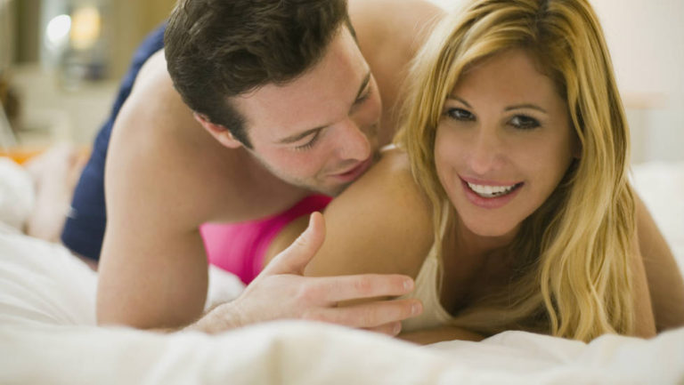 110927035345-young-couple-ts-horizontal-large-gallery
