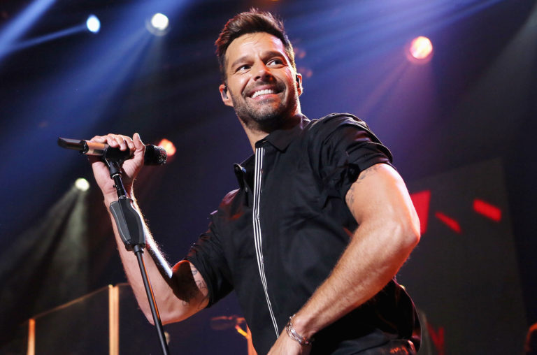 Ricky-Martin-perform-iHeartRadio-2015-billboard-1548