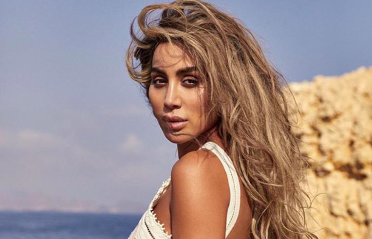 Maya Diab Almost Unrecognizable In Raw And Makeup Free