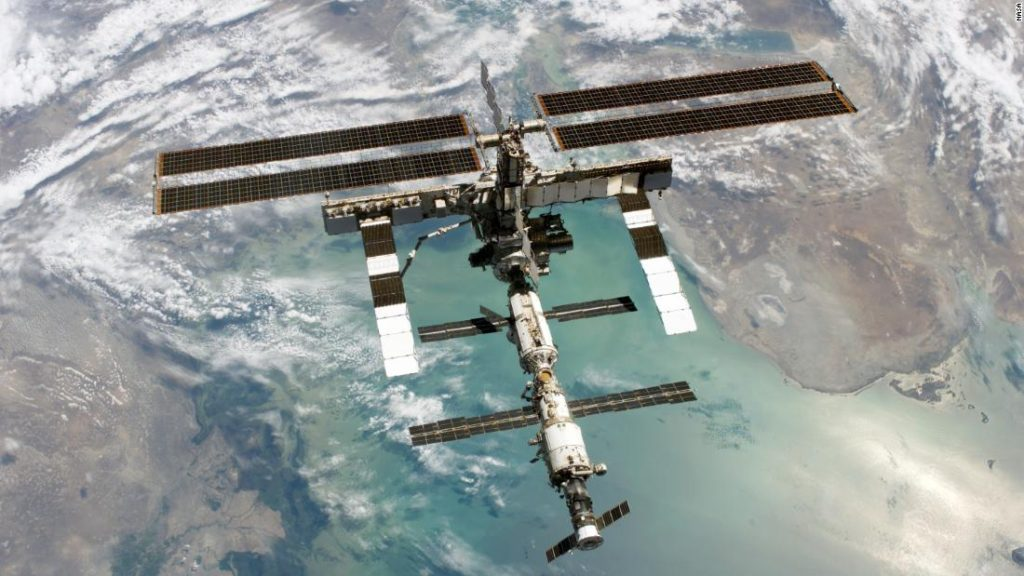 observation - Can I see the ISS from the surface with the