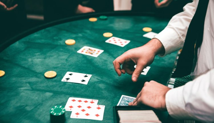 5 Reasons Why Live Casino Games Are Dominating - Scoop Empire